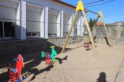 Parques infantiles Conjunto Balancines